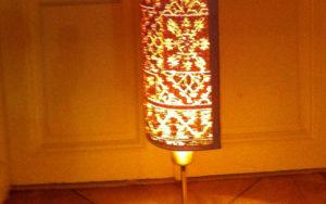 Lampe aus Papier mit Lasergravur