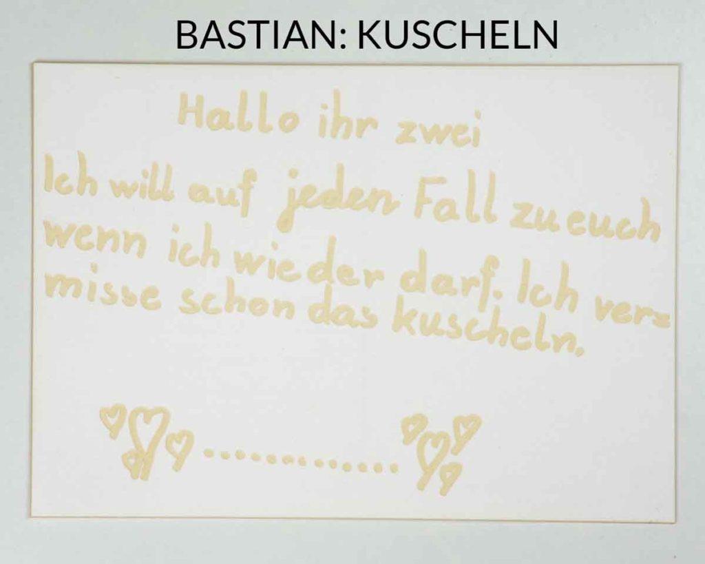 Postkarte mit Lasergravur - Kuscheln