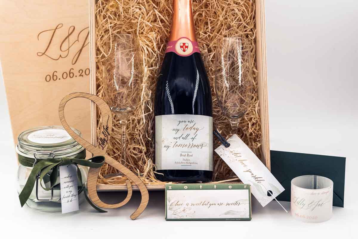 Hochzeitsbox personalisiert mit Schokolade