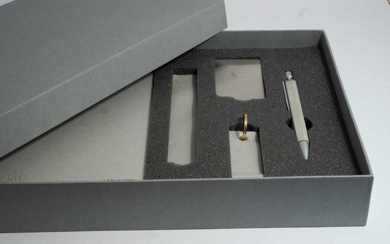 Geschenkebox Mit Schreibwaren Grau Mit Moduletto